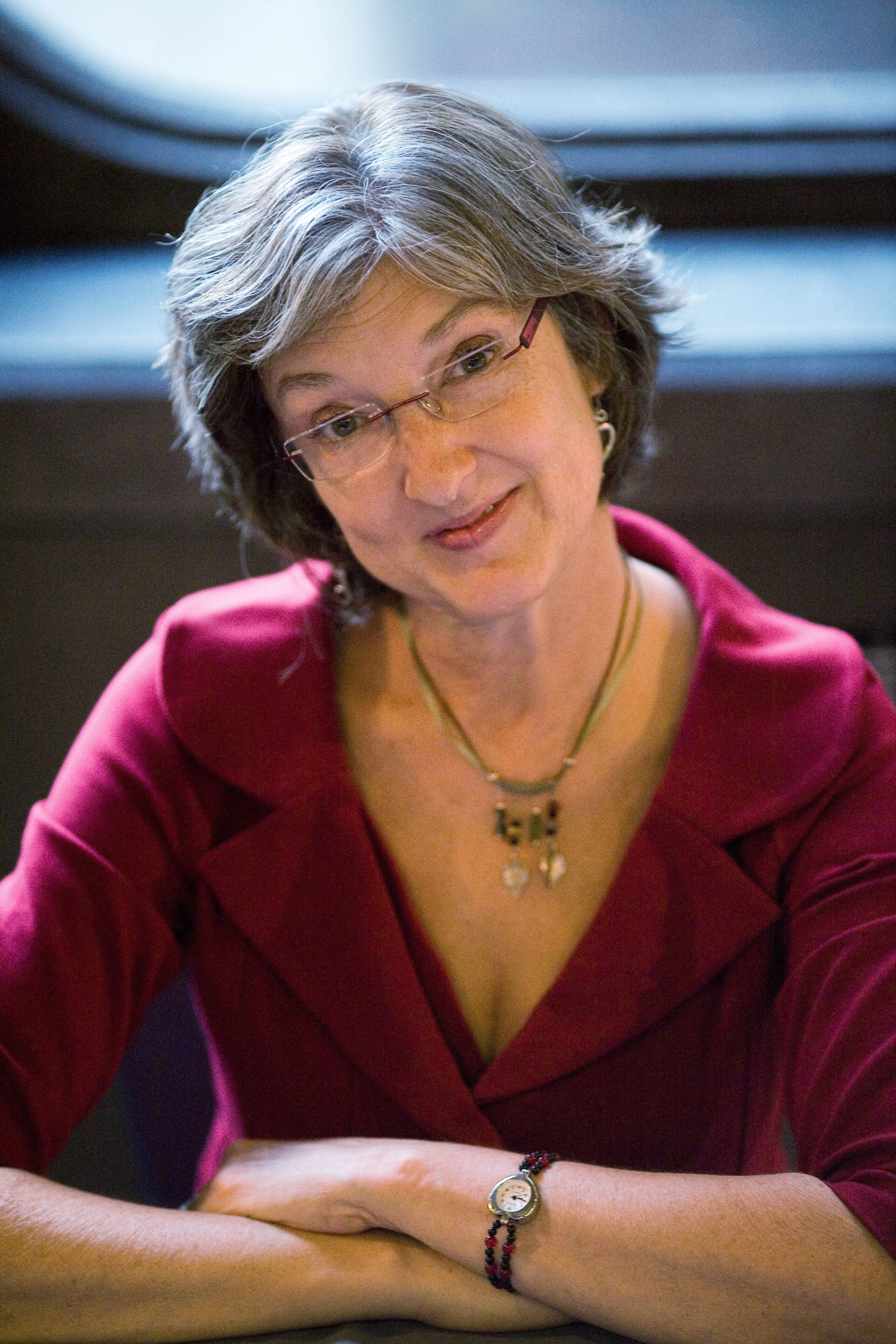 the growth of marietta in barbara kingsolvers An introduction to the bean trees by barbara kingsolver of an analysis of signing of the law of communication act of 1934 community, alienation, immigration, friendship.